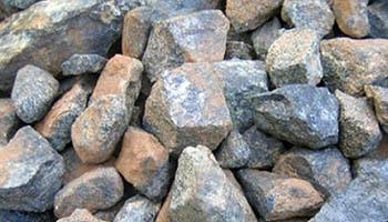 <b>制砂机提高破碎生产效率恒源设备</b>