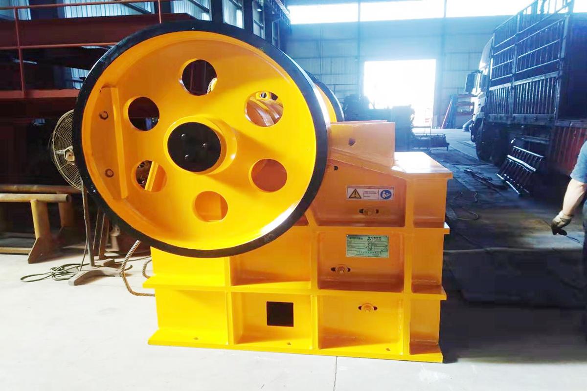 广西砂石生产线设备暨破碎机设备发货回顾